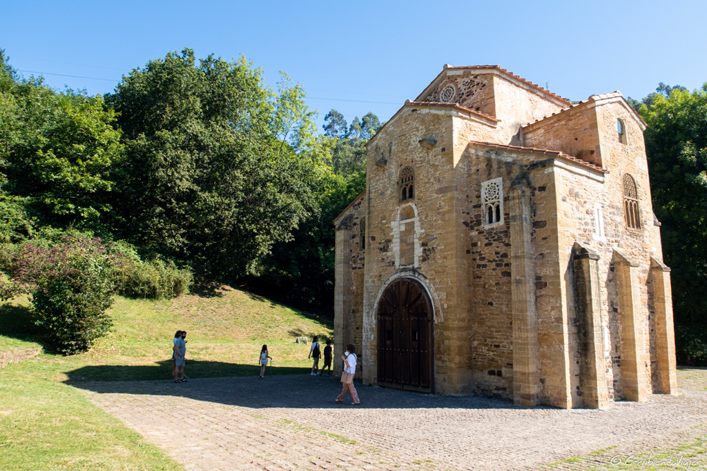 Iglesia de San Miguel de Lillo (Oviedo)