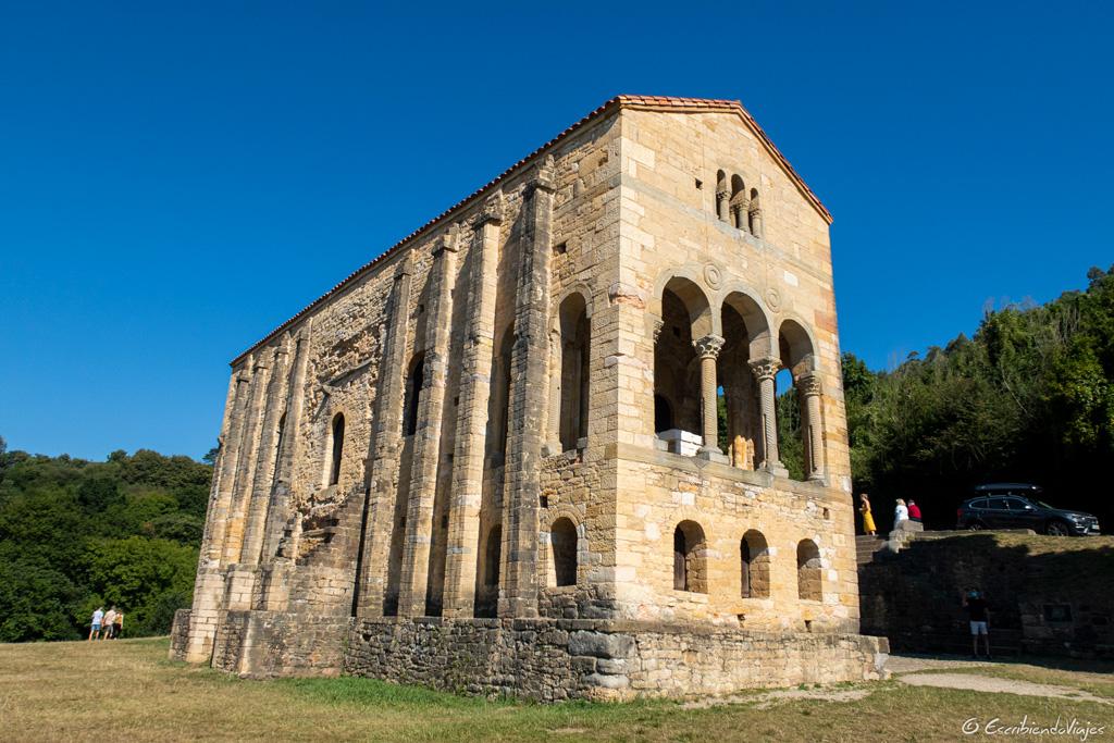Iglesia de Santa María del Naranco (Oviedo)