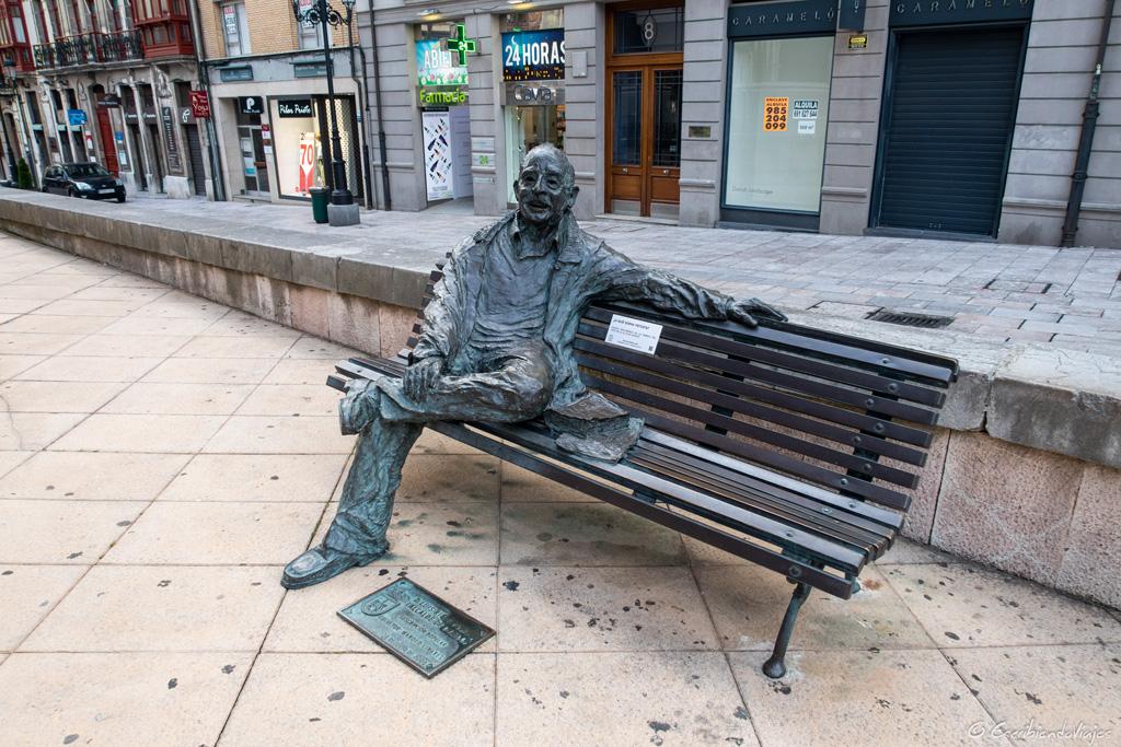 Escultura de Oviedo