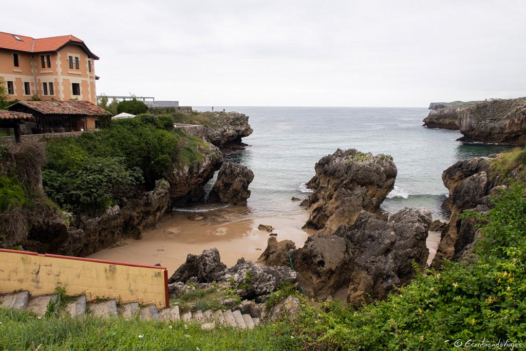 Playa de las Mujeres (Llanes)