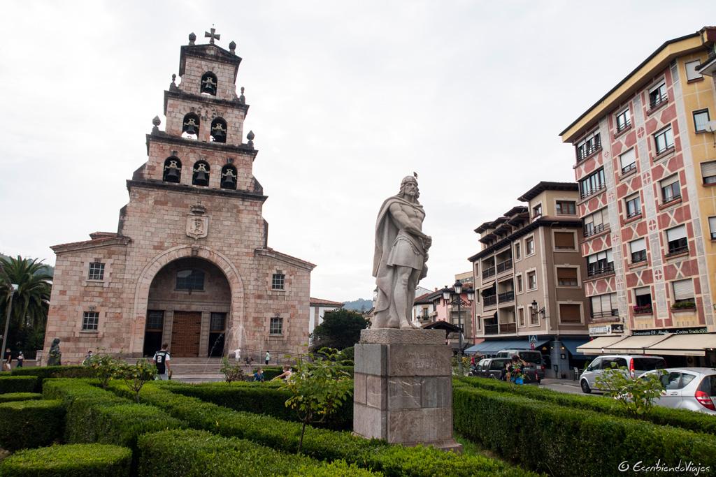 Estatua de Don Pelayo (Cangas de Onís)