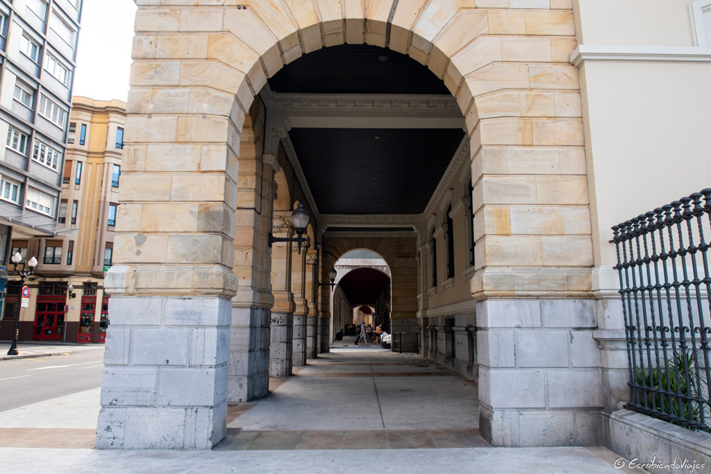 Soportales de Gijón